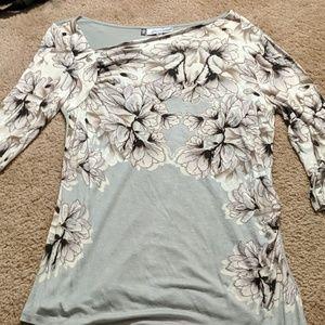Jennifer Lopez 3/4 sleeve asymmetrical floral top